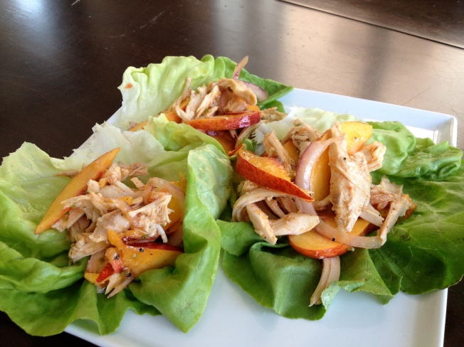 Chicken and Nectarine Lettuce Cups / www.sarasfavoritethings.wordpress.com